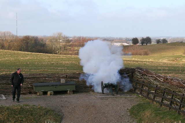 School Cannon going off at Dybbøl Historiecenter