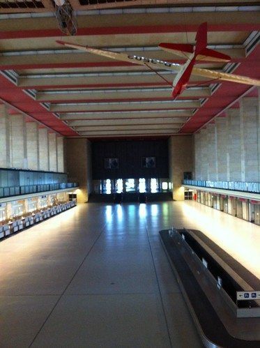 Main Hall, Flughafen Berlin Tempelhof. by despod