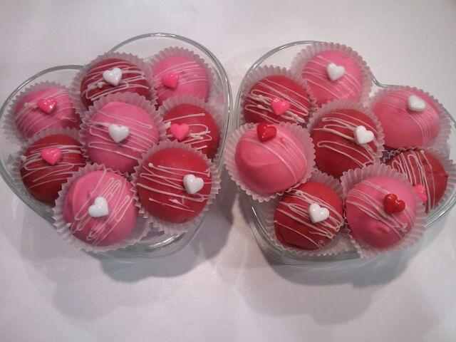 Valentine's day oreo and cake balls | Flickr - Photo Sharing!