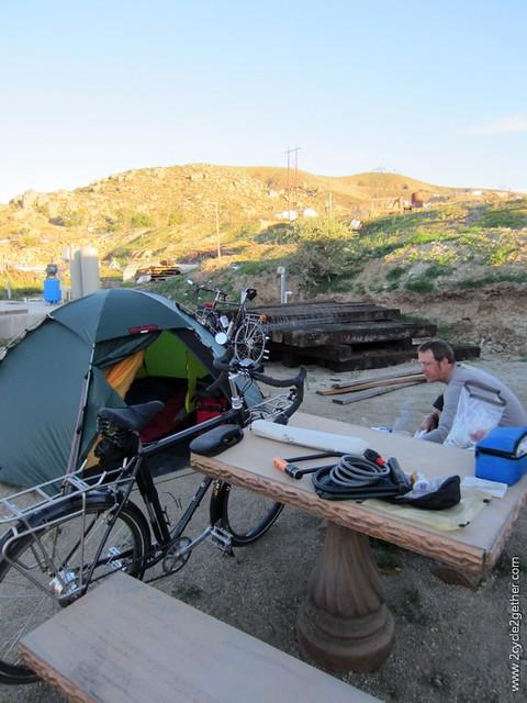 Camping in Valle de las Palmas, Baja