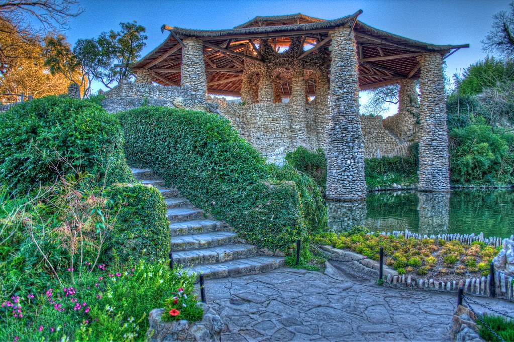 Japanese Tea Garden Pagota San Antonio A Photo On