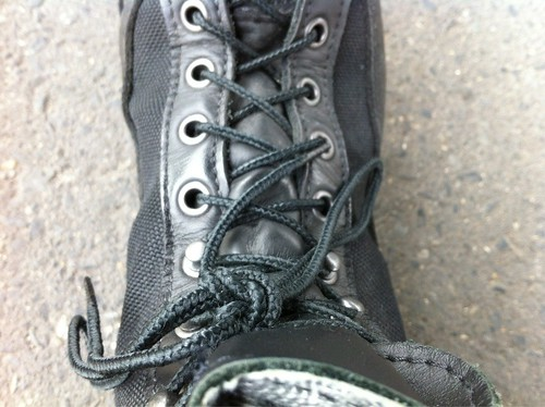 ダナーライトの靴ひも