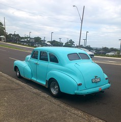 automobile, automotive exterior, vehicle, chevrolet fleetline, compact car, antique car, sedan, classic car, vintage car, land vehicle, luxury vehicle,