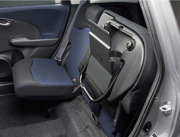 All-New Jazz Hybrid- Interior (Rear Underseat Box)