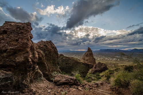 arizona hiking winterstorm superstitionmountains siphondrawtrail lr4 nikond7000