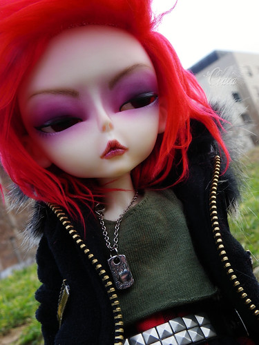 Hujoo (closer to bjd..) 7024114473_c35a635870