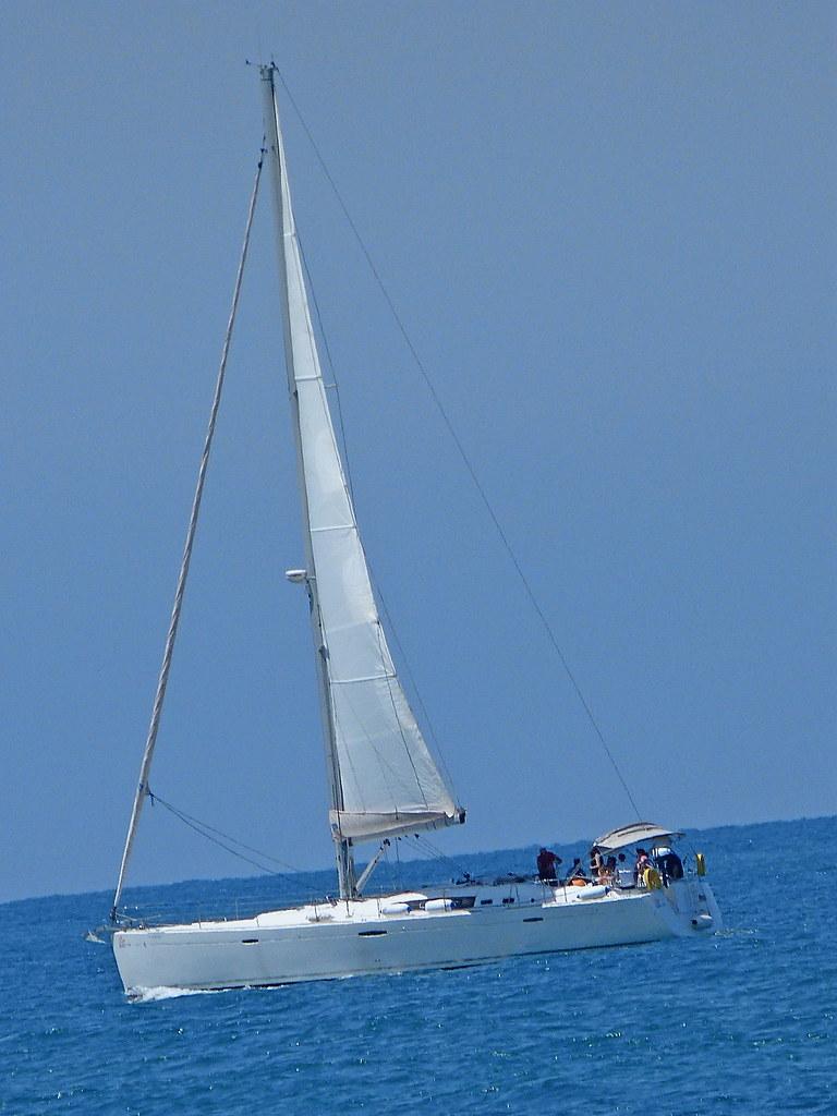 13-04-2012-tall-sail
