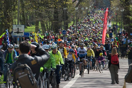 Pedal on Parliament: Massed ranks