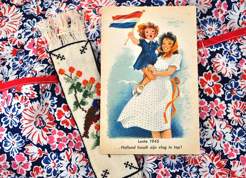 Apron, card and bookmark