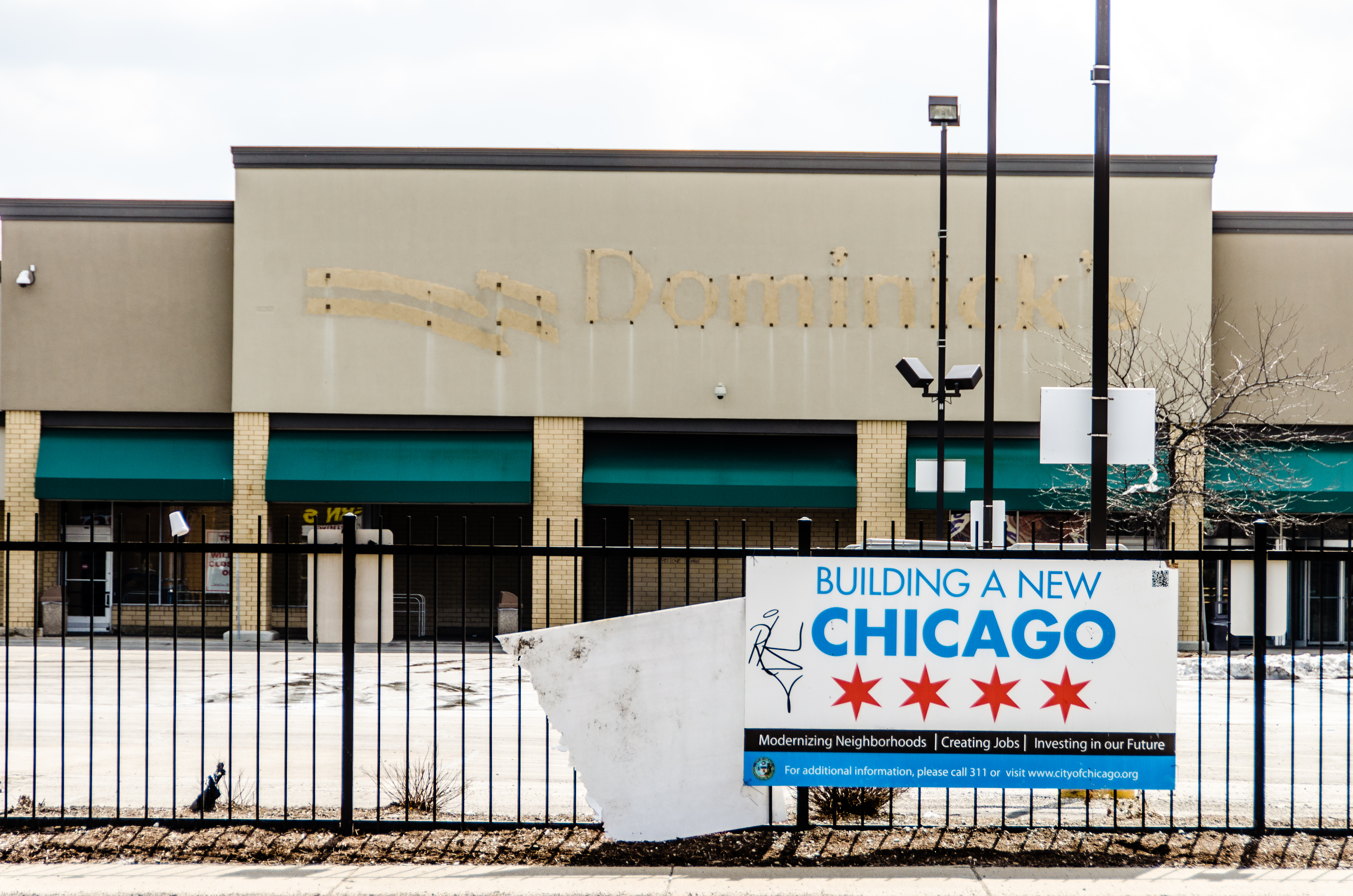 Build a New Chicago, one closed grocery store at a time