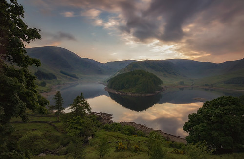 blue sunset sky cloud mountain lake reflection tree green landscape moody walk hill fell waterscape thelakedistrict haweswater rspb 1116 canon550d tokinaatxproii