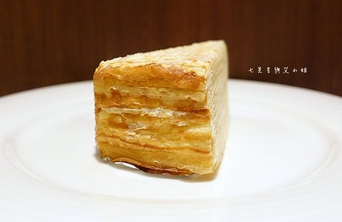 20 台南 深藍咖啡館 千層蛋糕