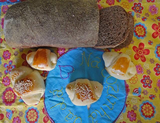 Pão australiano e pão de leite