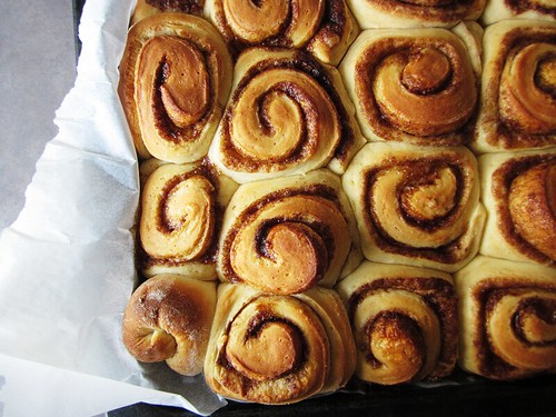 buns, baked
