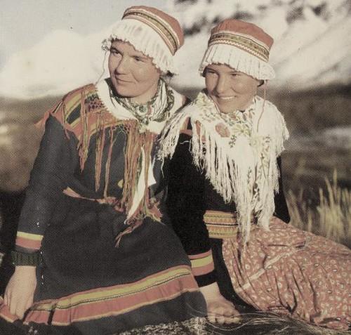 Unge samiske kvinner fra Sverige