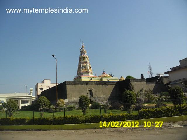 2. Ballaleshwar Temple, Pali, District Raigad