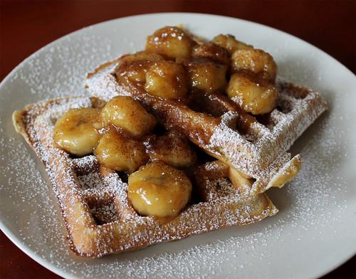 banana foster waffles_02
