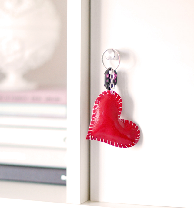 DIY leather heart keychain - keys