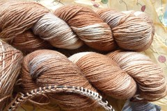 Skein FMC Hush (closeup in daylight)