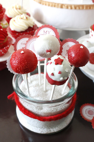 Valentine s Day Special: My Cake Pops & Cupcakes on German ...