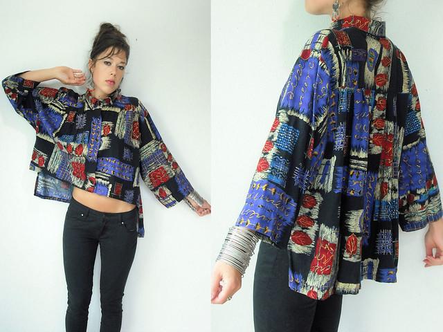 graphic fishtail kimono blouse