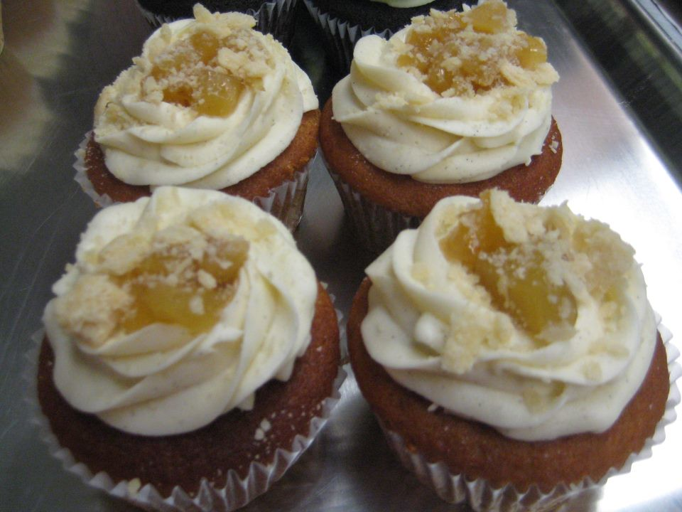 ... Mallomar cupcakes, plus love, gingerbread cookie, hot cocoa, apple pie