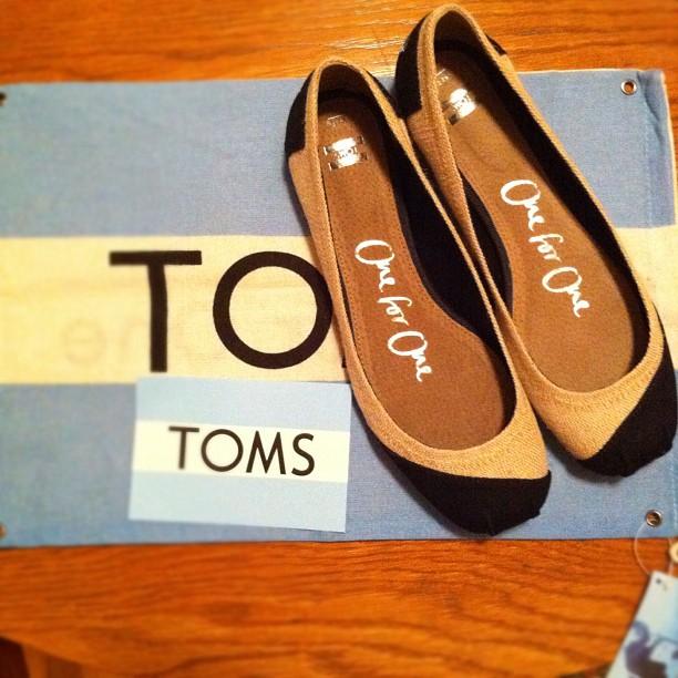 Black + white #toms #balletflats #somethingnew #febphotoaday #day16