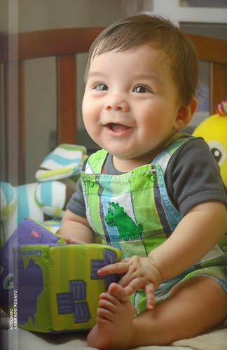 blue baby color verde green smile yellow azul toy happy eyes babies child dante felt amarillo bebé diana ojos cheeks sonrisa feliz armando niño juguete cradle peluche dado cuna carmona bebés cachetes carriola aguayo trucklebed armandoh2o inviewof