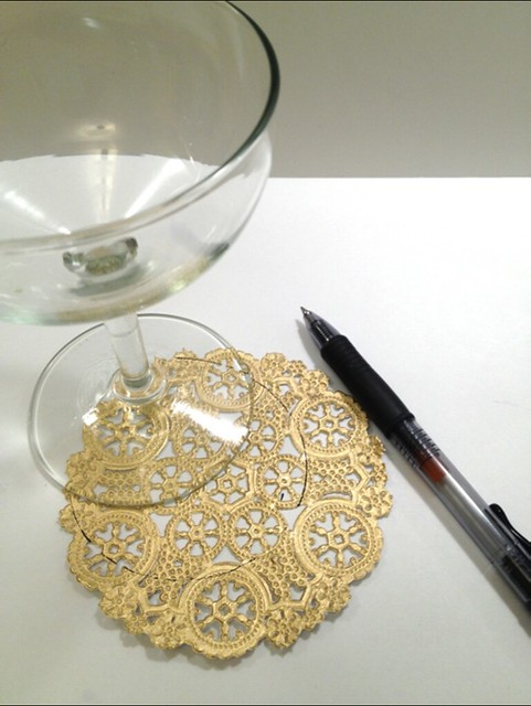 03 Gilded Lace Champagne Glasses