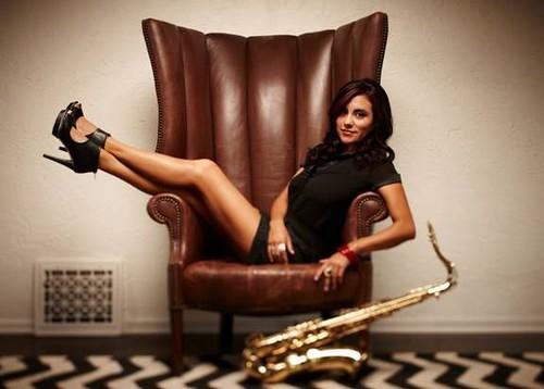 jessy-j-jazz-saxofon-hot-sauce_576x412