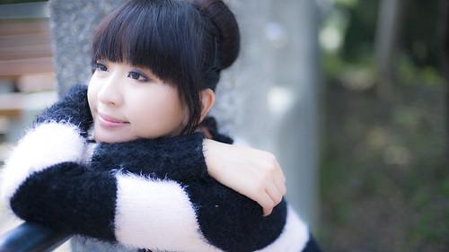 [フリー画像素材] 人物, 女性 - アジア, セーター, 台湾人 ID:201203242200