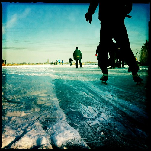 winter ice skate squareformat waterland iphone johnslens iphoneography oortwijn hipstamatic blankonoirfilm