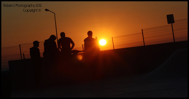 Sunset with friends @ Ericeira Quicksilver Sk8Park