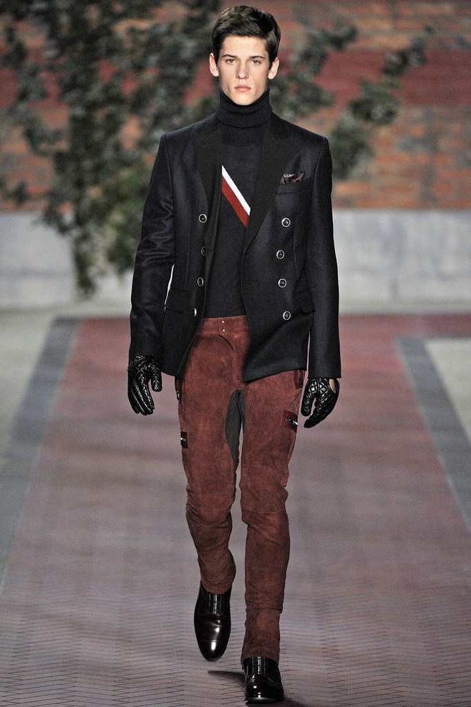 FW12 NY Tommy Hilfiger013(VOGUE)