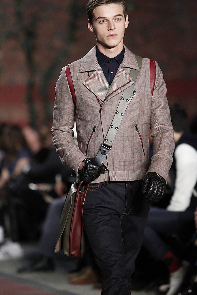 FW12 NY Tommy Hilfiger054_Robbie Wadge(VOGUE)