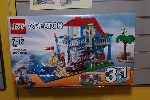 Toy Fair 2012 - Creator - 7346 Seaside House - 01