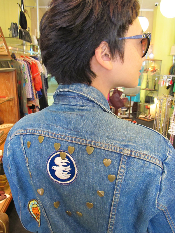 ♥♥♥♥♥♥♥The back of the denim jacket ♥♥♥♥♥♥♥
