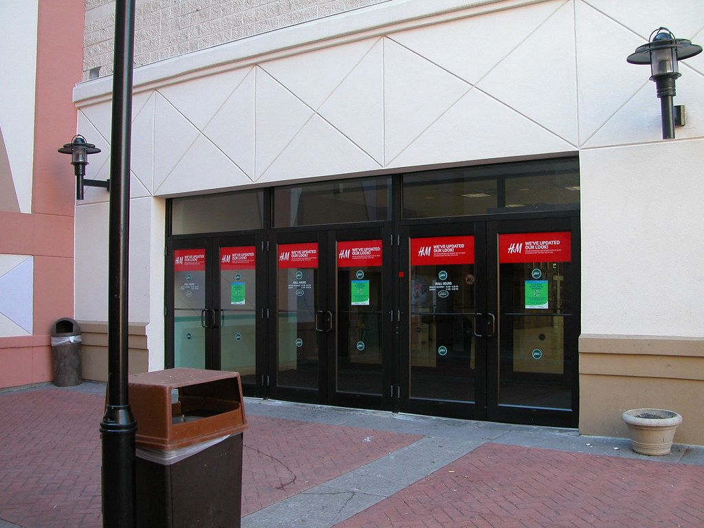 H\u0026M Door Clings at Poughkeepsie Galleria & Blue Outdoor\u0027s most interesting Flickr photos | Picssr