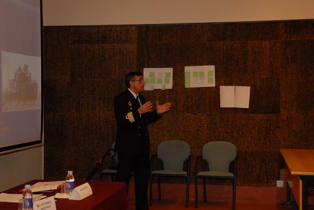 Miguel leal gimenez del ministerio de defensa mesa for Ministerio de defenza