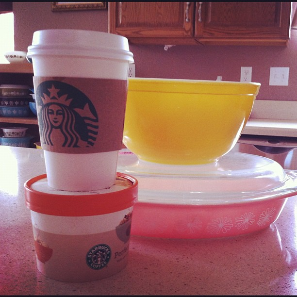 Starbucks and Pyrex: a great combo!