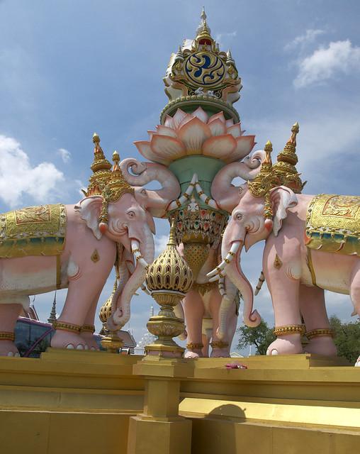 06 Thailand Statue