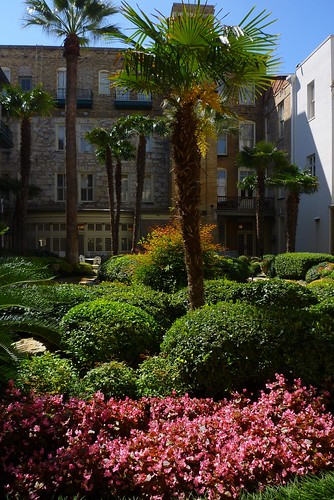 Menger Hotel Courtyard March