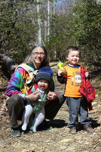 Shenandoah National Park - Whiteoak Canyon Trail - Vicky, Dyson, Sagan All Smiling