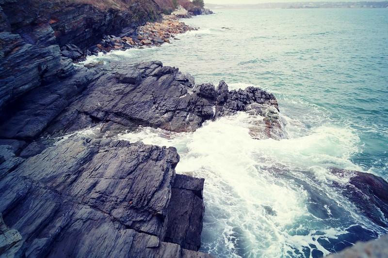 newport-cliffwalk-ocean-1