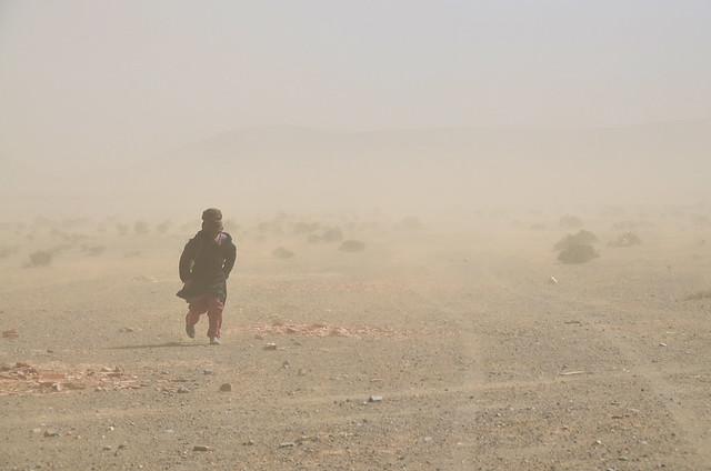 Tormenta de arena al desierto