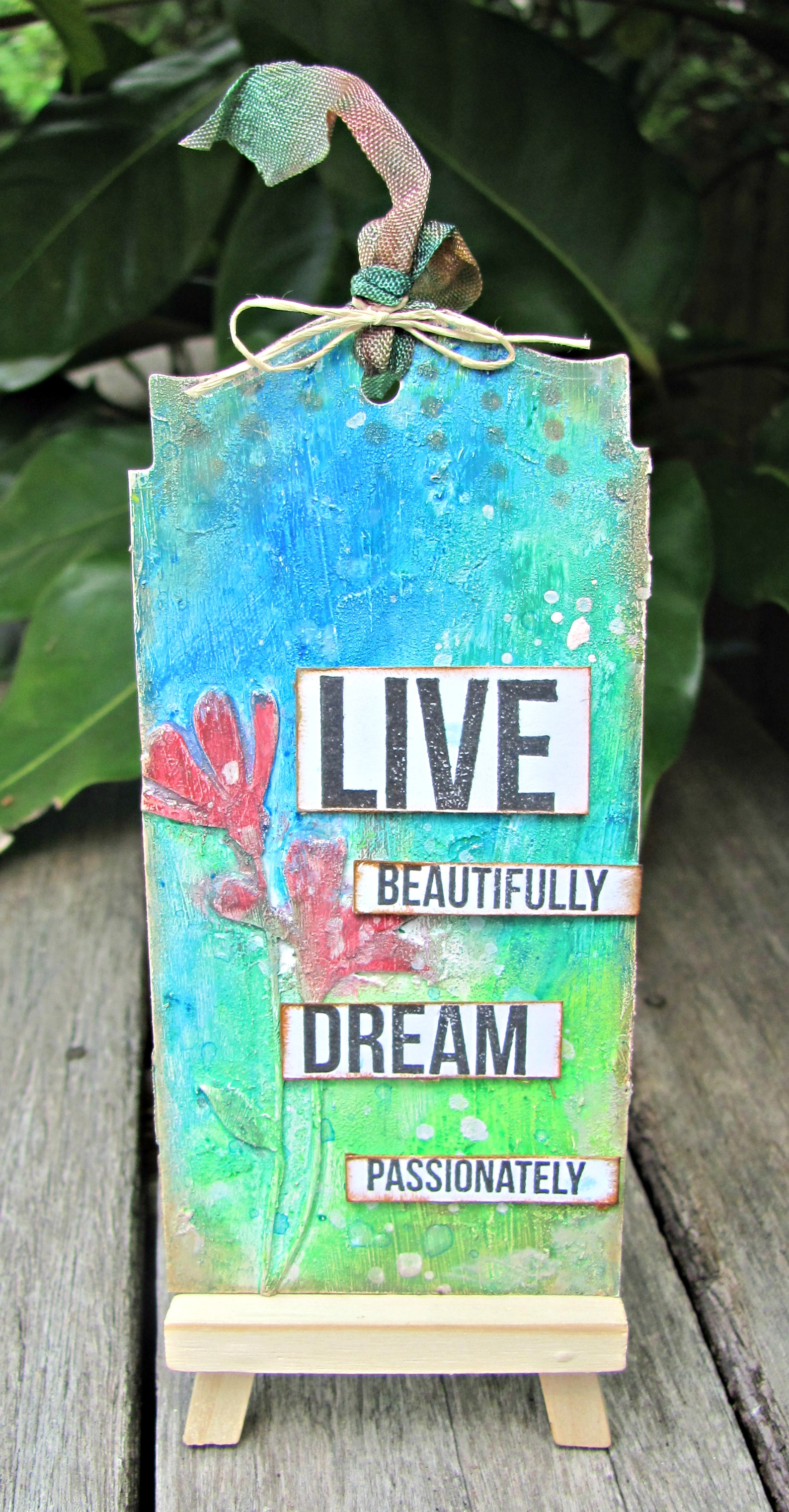Live Beautifully Tag