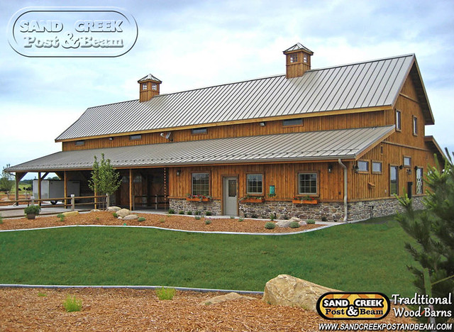 Western sand creek post beam traditional wood barns for Wood barn homes