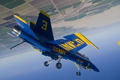 [フリー画像素材] 乗り物・交通, 航空機, アクロバットチーム, ブルーエンジェルス, F/A-18 ホーネット ID:201202270600