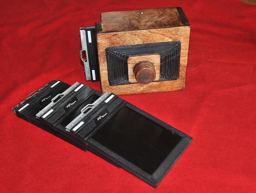 Pinhole Camera 4x5 by felixtrio
