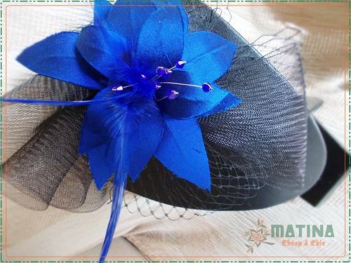 Tocado flor azul klein